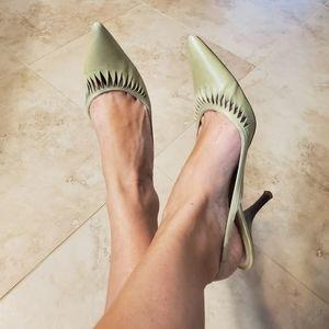 "Ann Taylor 8.5 Light Green Leather 2.5 "" Heels"